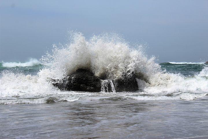crashing-wave-1836803__480